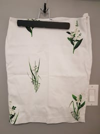 RW&co white with green floral skirt London
