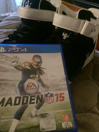 PS4 game with game case Madden 15.  Killingly, 06239