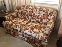 white and red floral fabric loveseat San Jose, 95129