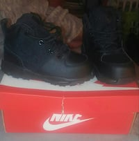 Childrens Nike boots SZ 8 Dundalk, 21222