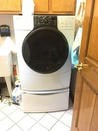 Kenmore Front load washer & dryer Hurricane, 25526