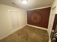 ROOM For rent 1BR 1.5BA Hagerstown