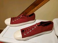 Forever 21 Converse shoes Queens, 11432