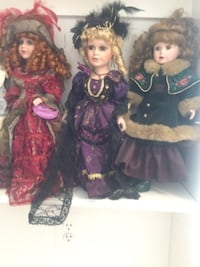 two girl in pink and black dress dolls BETHESDA