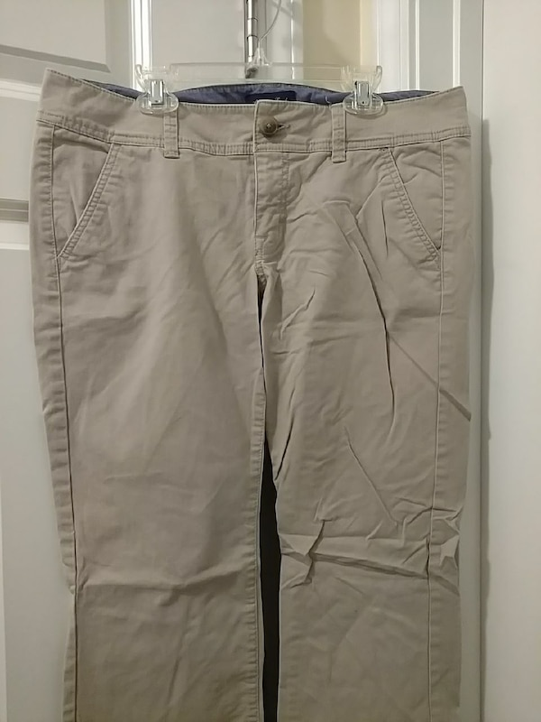 171268d1c5b Used American Eagle Khakis Size 8 Short for sale in Port Wentworth - letgo