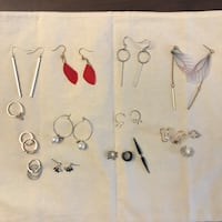 four pairs of silver earrings 多伦多, M5B 2B7