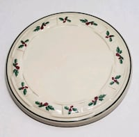 Longaberger holly candle plate  Hagerstown, 21742