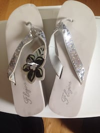 Brand New with tags ladies size 9 silver sequence sandals