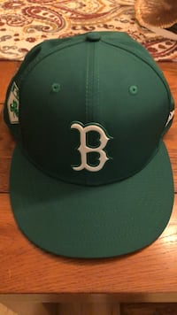 Black and green under armour fitted cap Scarborough, 04074