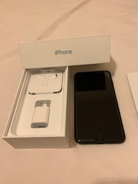 Gold color iphone 7 with box Las Vegas, 89122
