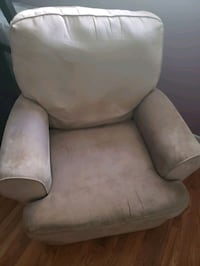 Rocking chair/ recliner  Mississauga, L5V 2P3