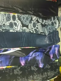 5 Pairs of Leggings for sale Edmonton, T5P 1Z7