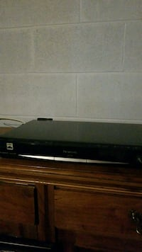 black Sony DVD player with remote Windsor, N8T 1T2