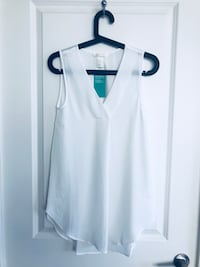 Brand New H&M Top! Size 2! Pick up only Toronto, M3H 2S6
