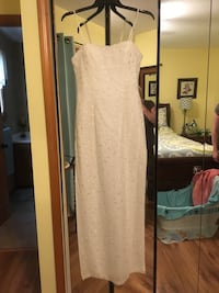 Beautiful white Dress with Beading Throughout (Homecoming/Prom) Burton, 48519