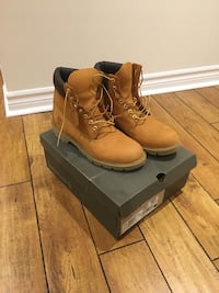 Men's timberlands  544 km