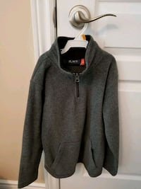 Charcoal sweater boys size 5/6 Vaughan, L4L 1A6