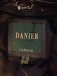 $144 OBO BNIB Danier Real Leather Jacket Size Small for Women(Vintage)
