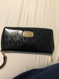 black Michael Kors leather wristlet Sacramento, 95826