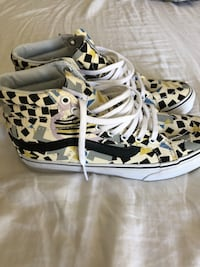 pair of white-and-black high top sneakers Escondido, 92027