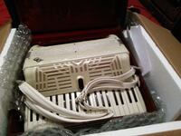 Good condition acordeon italy