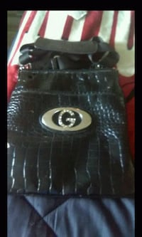 Black leather crossbody purse for $5.00 Spartanburg, 29303