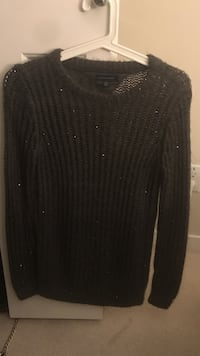 Tommy Hilfiger sweater - small size Greater Vancouver, V6S