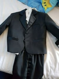 Toddler tuxedos 24 months 2T Hastings, 68901