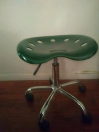 Tractor stool-height adjustable
