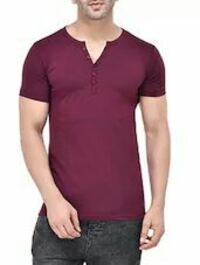 men's maroon henley T-shirt and black denim bottoms Mumbai, 400063