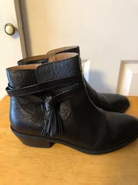 New - Sofft Women's Sz 9.5M w/Tassel, Black Leather Zip Up Ankle Boots Baltimore, 21236