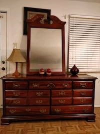 Nice wooden big dresser with mirror and big drawer Annandale, 22003