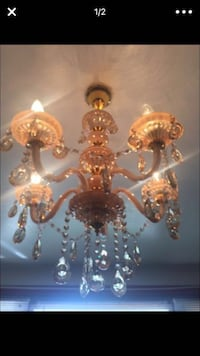 Beautiful chandelier 5 months old