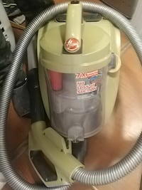 white and gray Hoover upright vacuum cleaner Kelowna, V1Y 1S1
