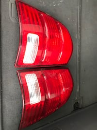2002 Ford Explorer  taillights  Greater Sudbury / Grand Sudbury, P3N 1E9