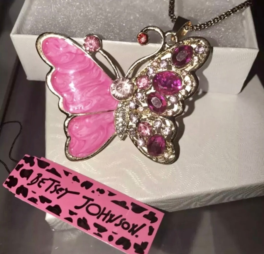 A TIBETAN SILVER RED//PINK BUTTERFLY  THEMED NECKLACE NEW.