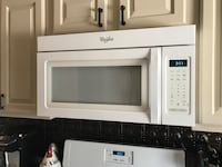 White whirlpool microwave oven Middletown, 10940