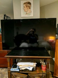 "Samsung 55"" Smart TV! go 2 highest bidder. must go by Fri 10/16 @ 10am Washington, 20018"