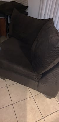 Couch Atwater, 95301