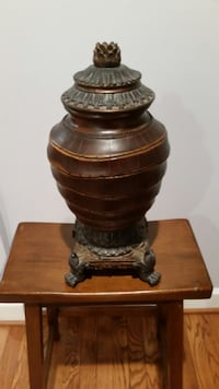 Large Antique Vase with top cover Fairfax