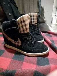 Size 7 Airforce one heel hightops Vancouver, V6A 0B6