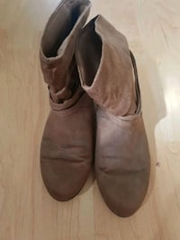 Semi boots suede good condition