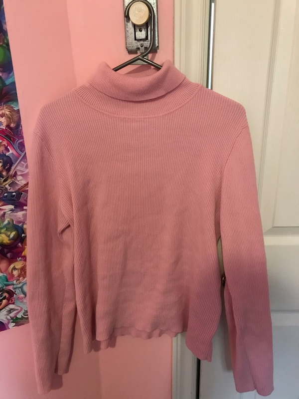 Northern reflections pink turtle neck 0d9661a8-4da1-45ee-a5b5-12039e45efa8