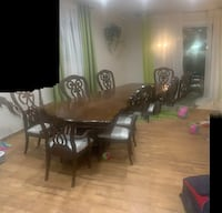 8 piece solid wood dining table  New York, 11414