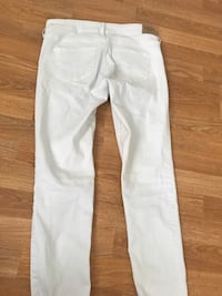 Abercrombie white denim jeans Central Islip, 11722