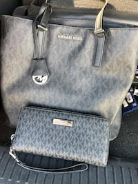 Authentic Micheal Kors purse and wallet  Corpus Christi, 78408