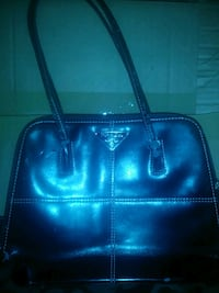 Black leather Prada purse  Hartselle, 35640