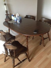 oval brown wooden table with four chairs dining set 웰란드, L3C 5Y6