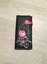 Black and pink wallet Beaconsfield, H9W 4V6