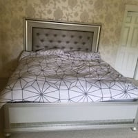 King Bed and Mattress Surrey, V3T 2W4